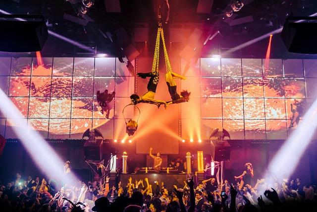 Light nightclub las vegas los angeles travel magazine - Licht nightclub ...