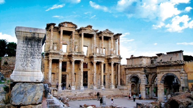 ephesus-day-trip-from-izmir-640×360