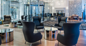 lobby-of-radisson-blu-warwick-hotel-tablet2